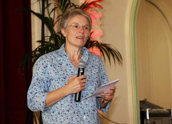 Foto Auch die Staatsrätin des Kantons Waadt, Anne-Catherine Lyon, Vorsteherin des Departementes für Bildung, Kultur und Jugend, beehrt uns mit ihrer Anwesenheit