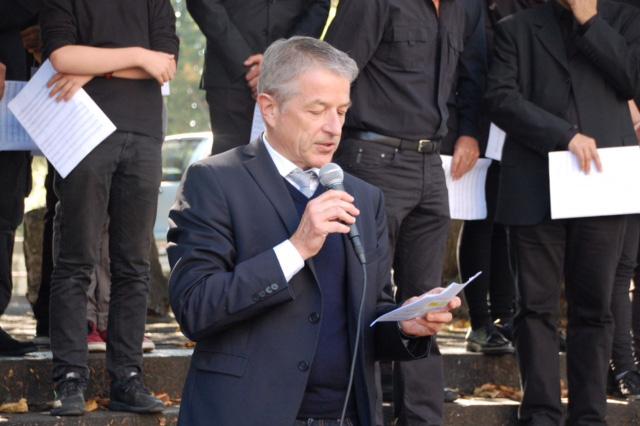 Photo Georg Berger, directeur du centre de formation professionnelle BBZ et président du Bildungsstadt Olten.Bifang lors de son discours de bienvenue