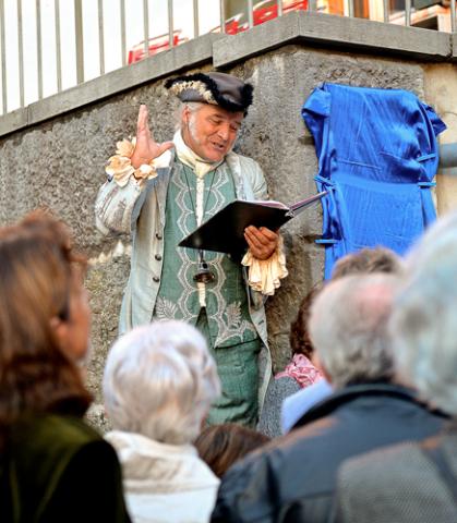 Mozarts Briefe ziehen in den Bann, dargeboten vom Schauspieler Daniel Rothenbühler