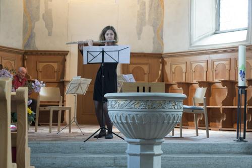 Die Flötistin Annina Rusch spielte aus Werken von Cotteli und Mozart